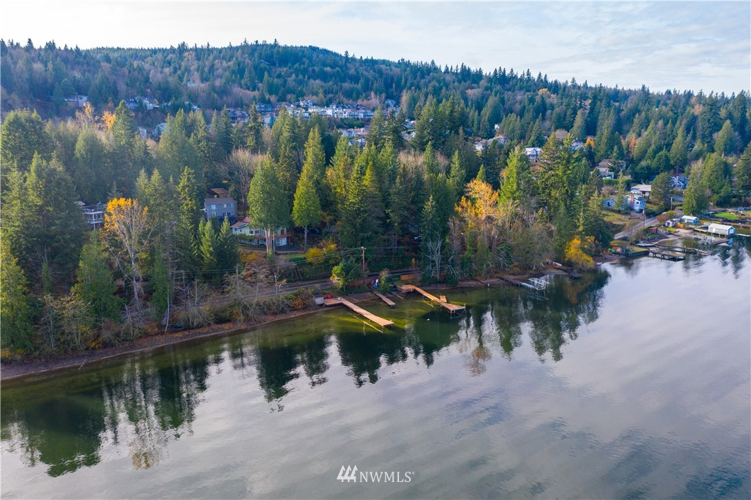 2765 Lake Whatcom Boulevard Property Photo