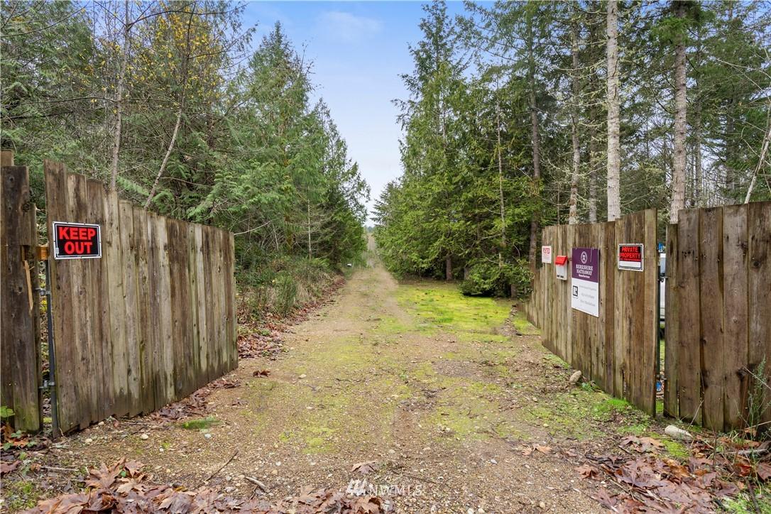 41 Whiteman Road Sw Property Photo
