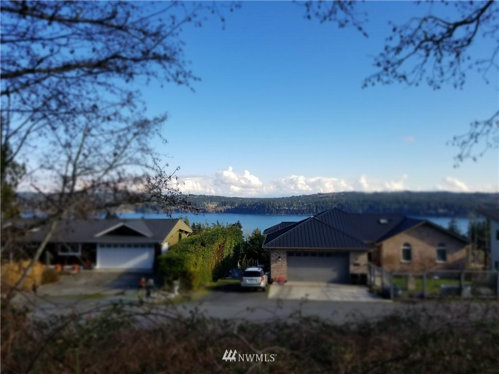4884 Breezefair Road Property Photo