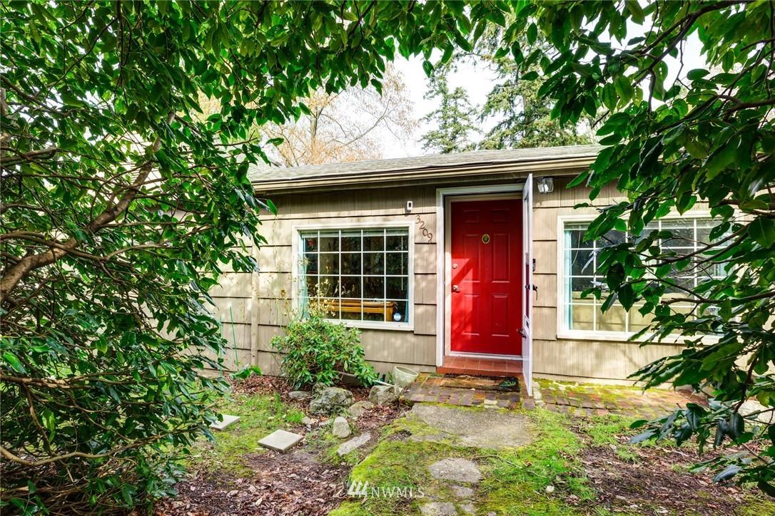 3209 Donovan Property Photo