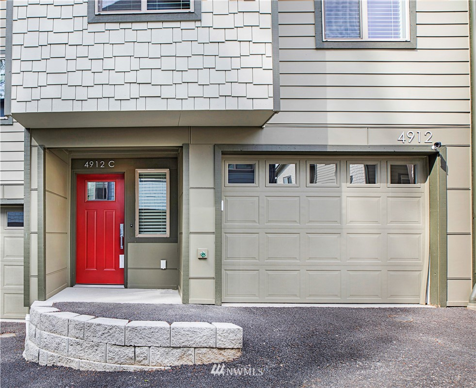 4912 S Willow Street #c Property Photo