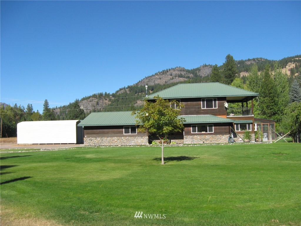 380 Kettle River Road Property Photo