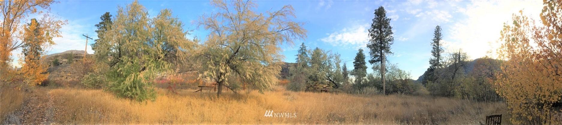 335 N End Omak Lake Road Property Photo
