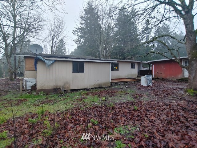 18222 Bald Hill Road Se Property Photo