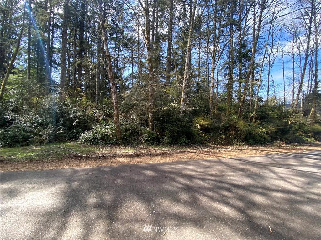 755 Evergreen Avenue Se Property Photo