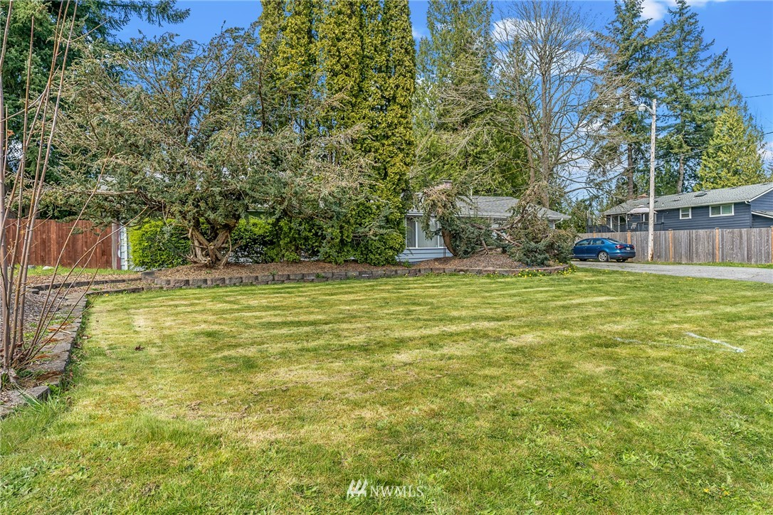 13714 Beverly Park Road Property Photo