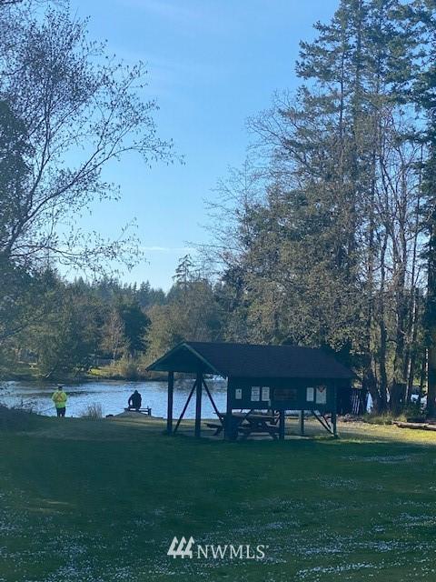 42 Lake Dr Property Photo