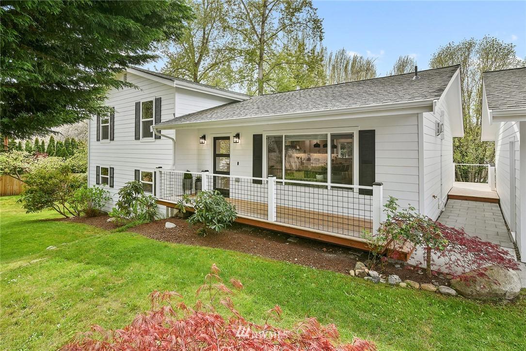 689 Pierce Court Nw Property Photo