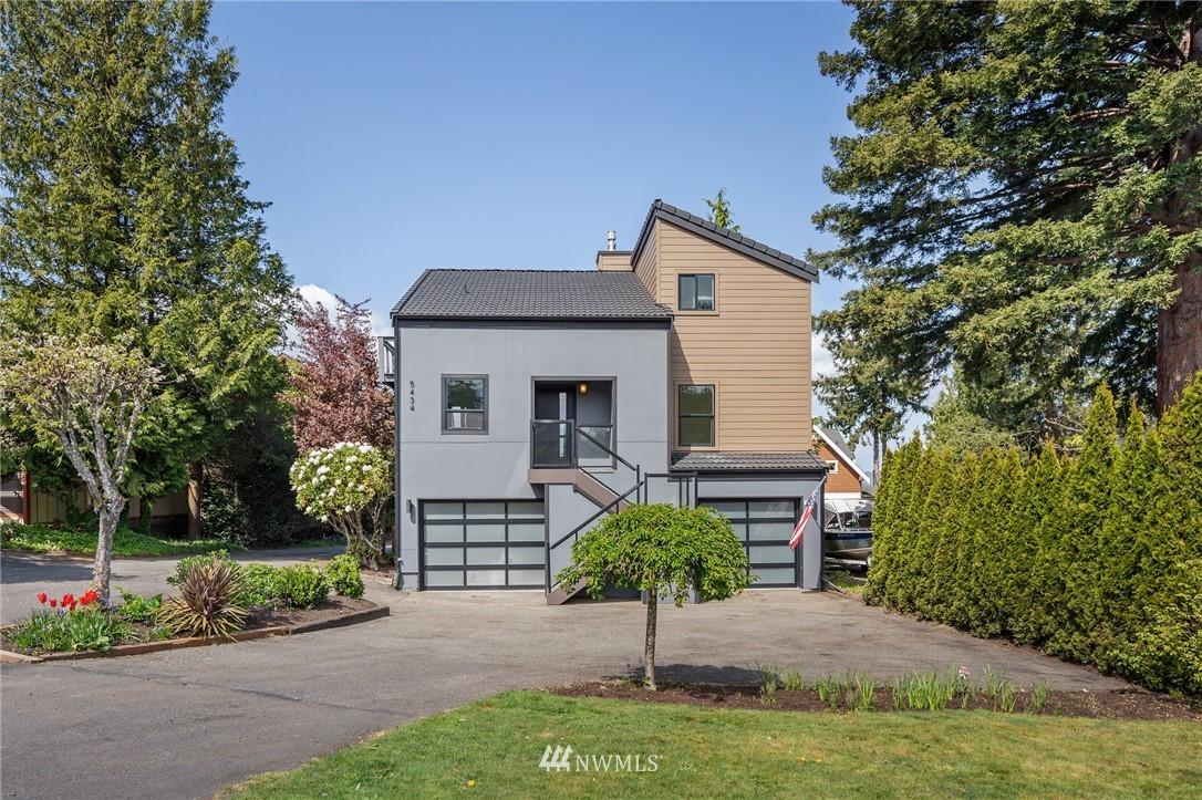 5434 Hyada Boulevard Ne Property Photo