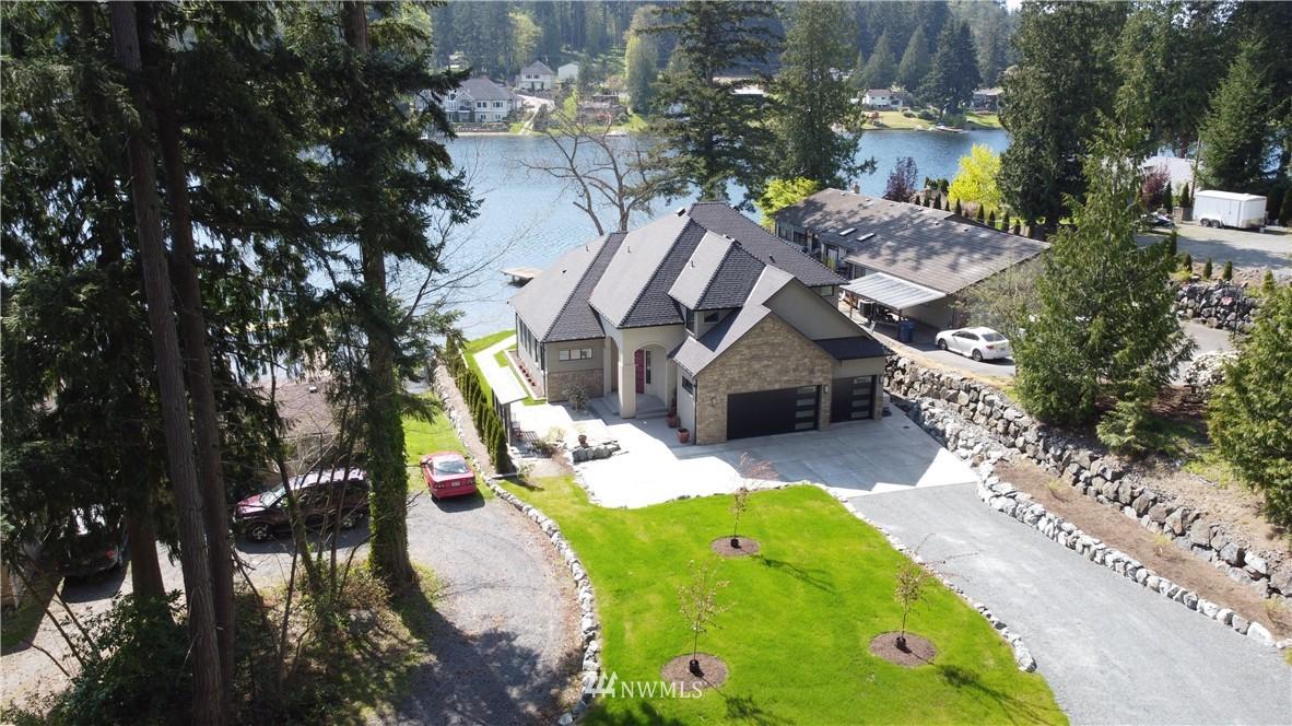 15202 W Lake Goodwin Road Property Photo