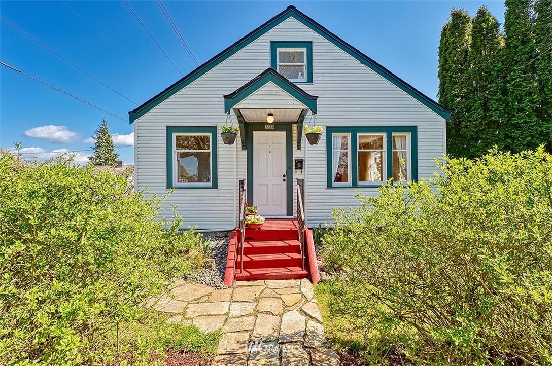 2320 E Street Property Photo