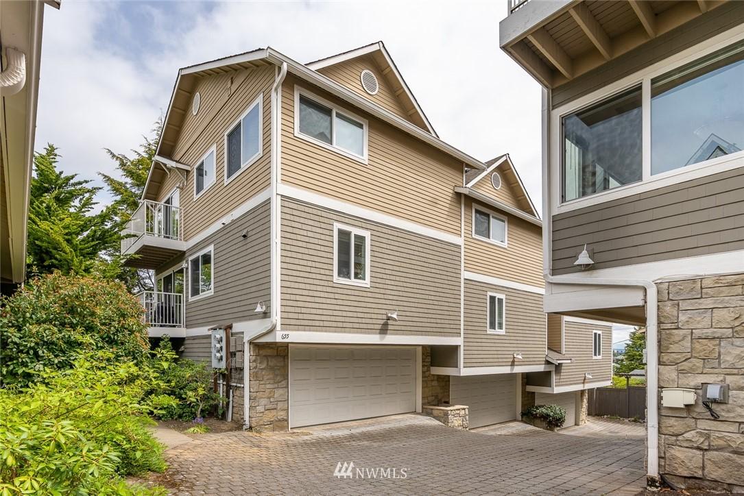 655 A W Emerson Street Property Photo