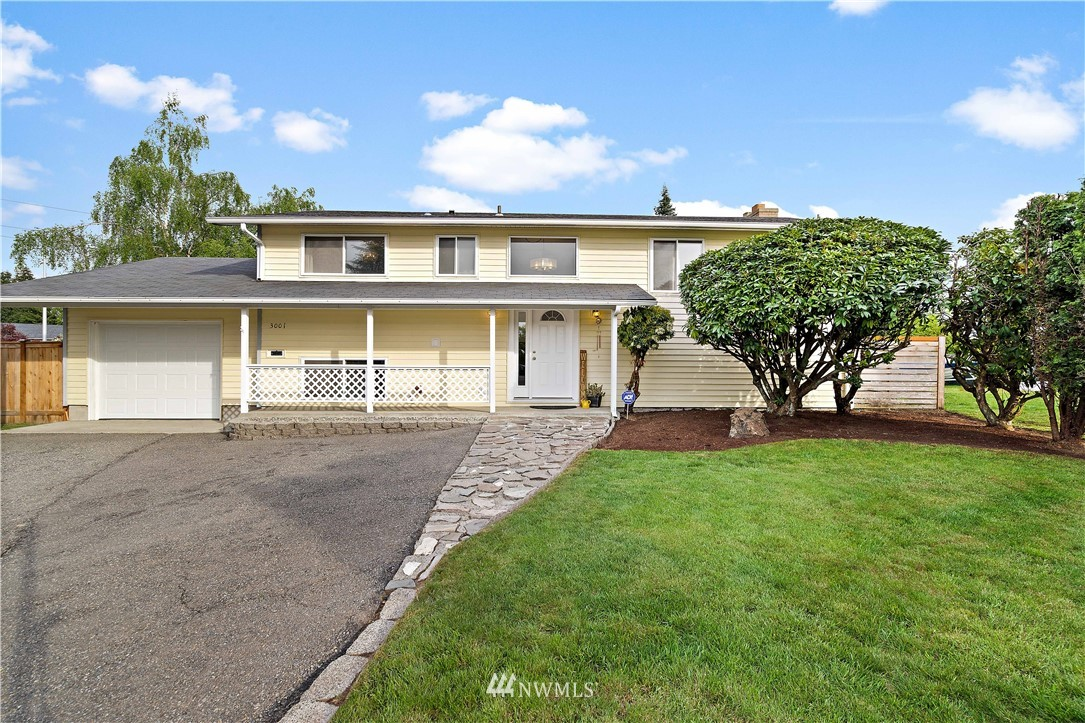 3001 Viewmont Street Property Photo