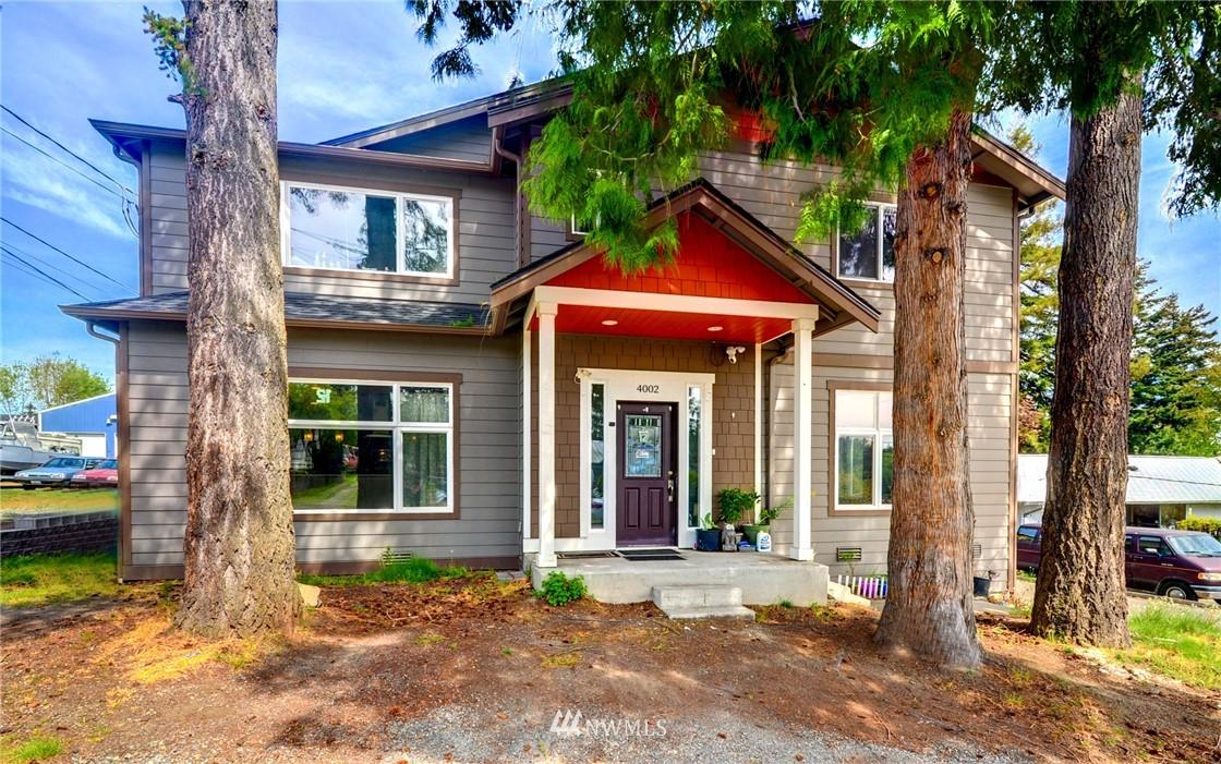 4002 S 152nd St Property Photo