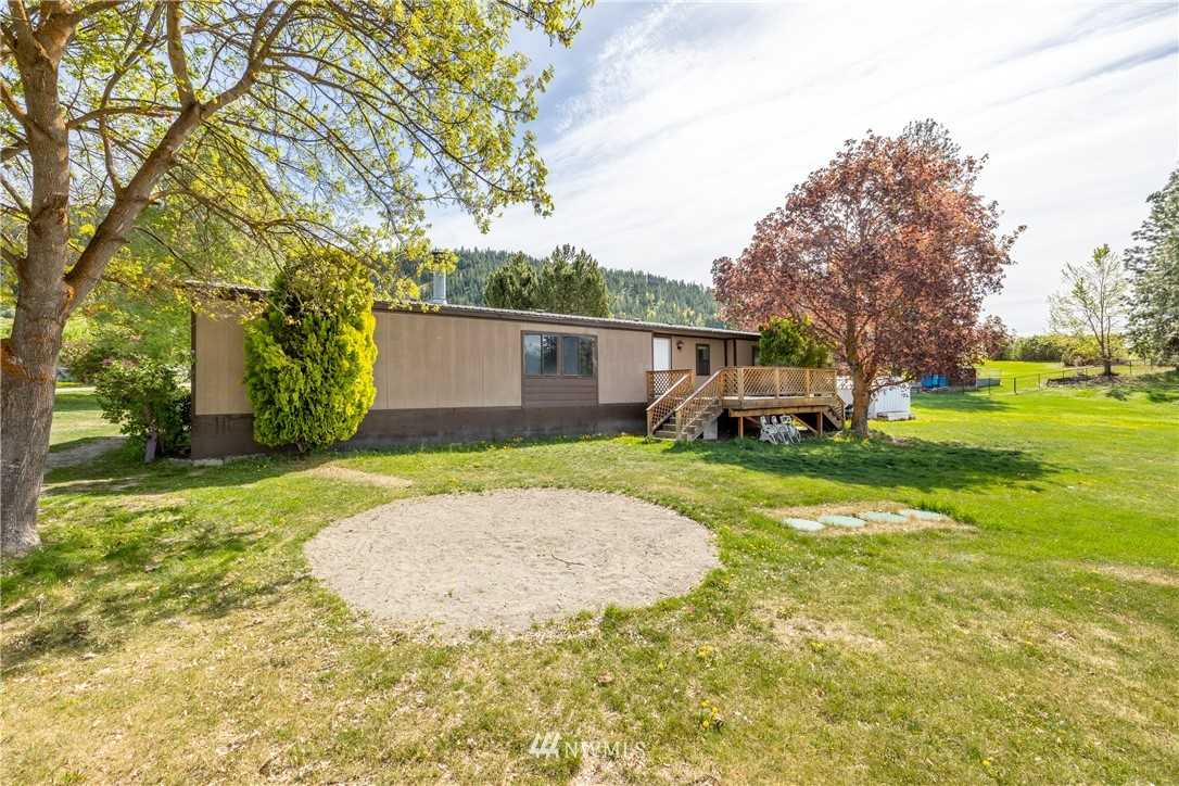 10605 Nibbelink Road Property Photo