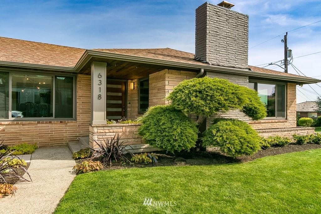 6318 S Prentice Street Property Photo