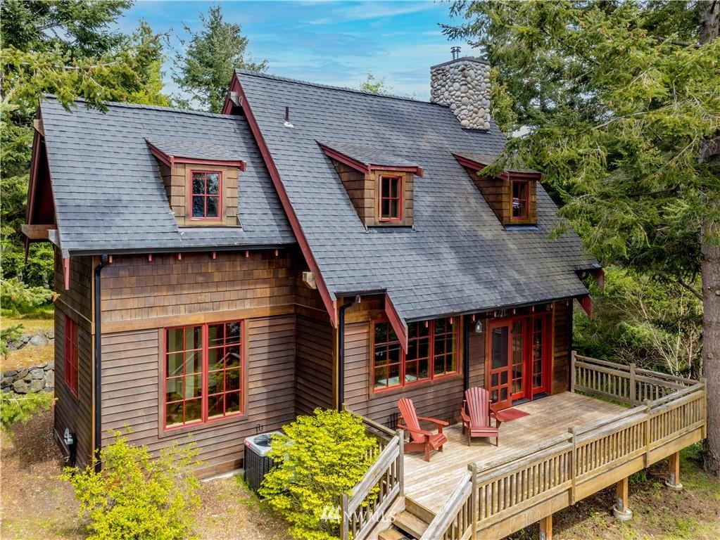5042 Cape George Road Property Photo