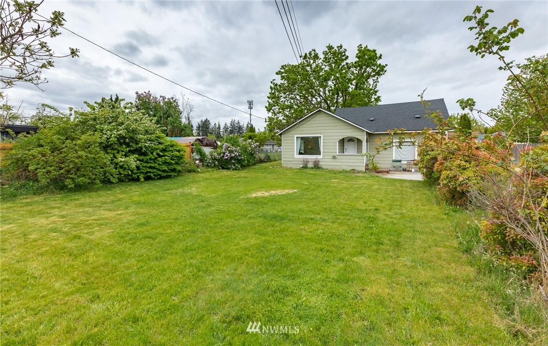 1215 Cedar Avenue Property Photo