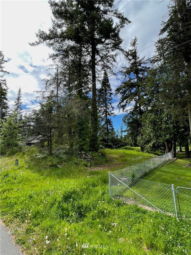 1663 Lake Drive Property Photo