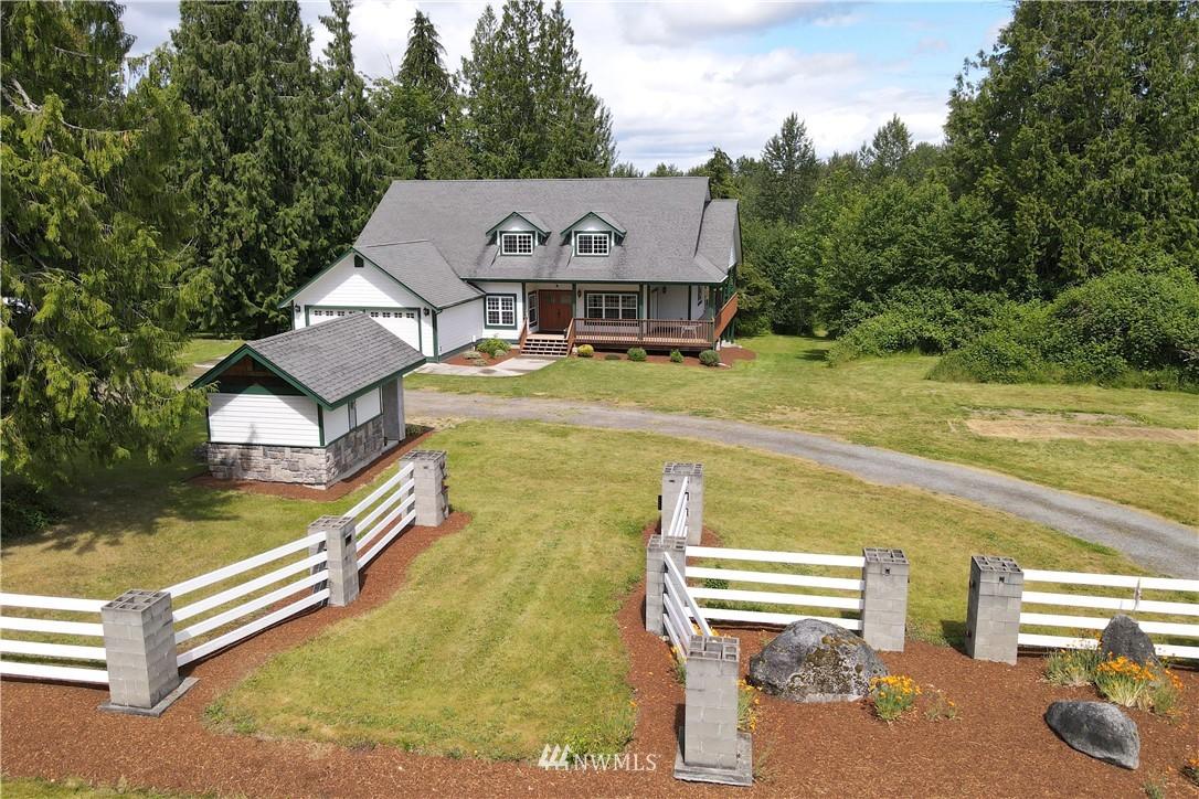 12811 Kapowsin Highlands Drive E Property Photo 1