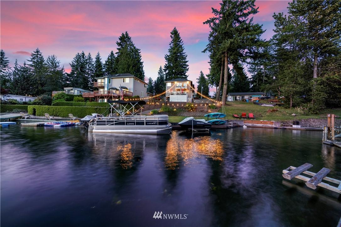 21103 Church Lake Drive E Property Photo 1