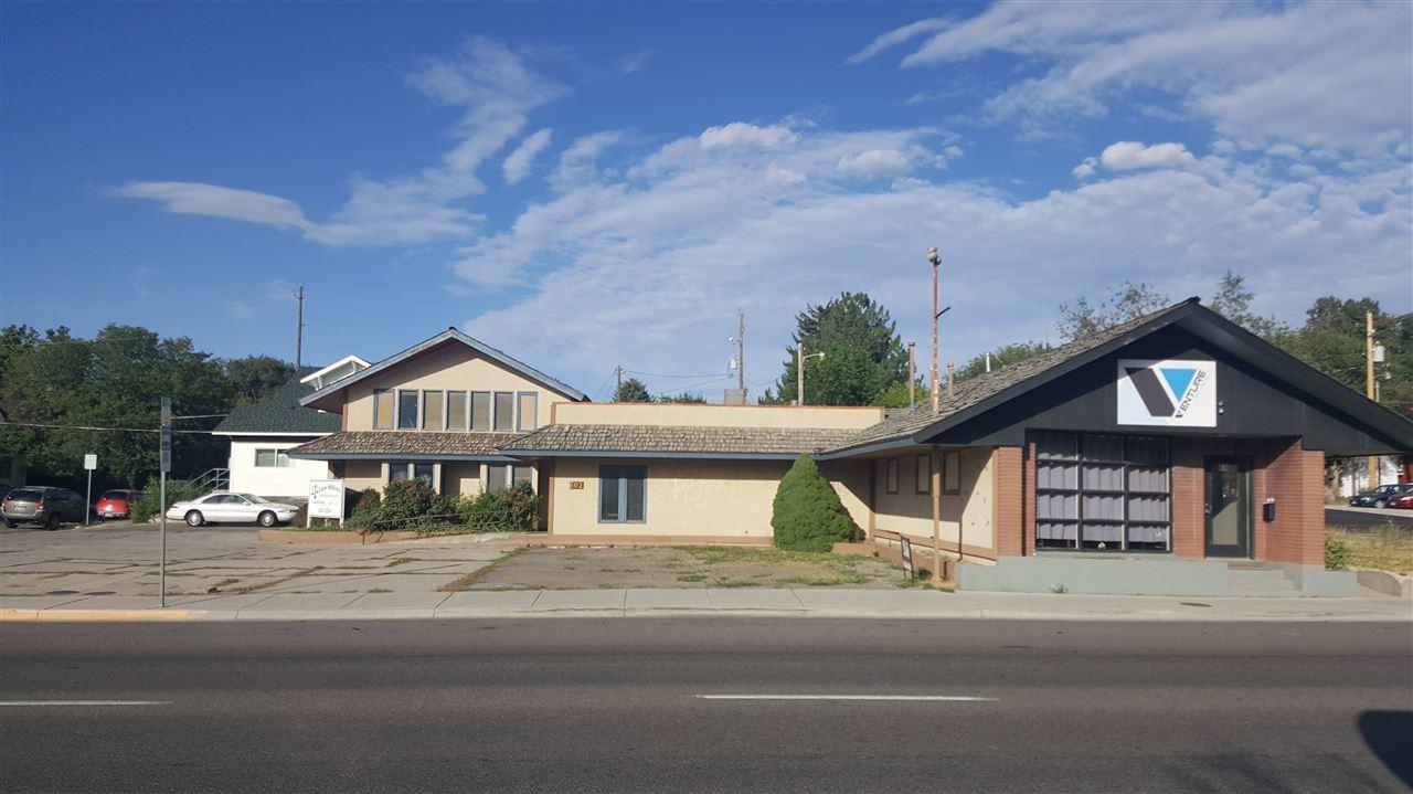 602 S 5th Avenue Property Photo