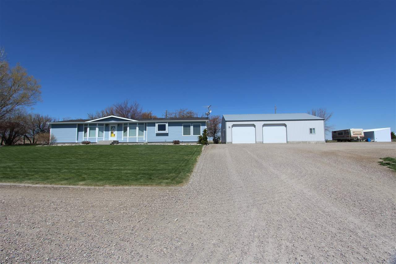 3223 S Pleasant Valley Rd Property Photo - American Falls, ID real estate listing