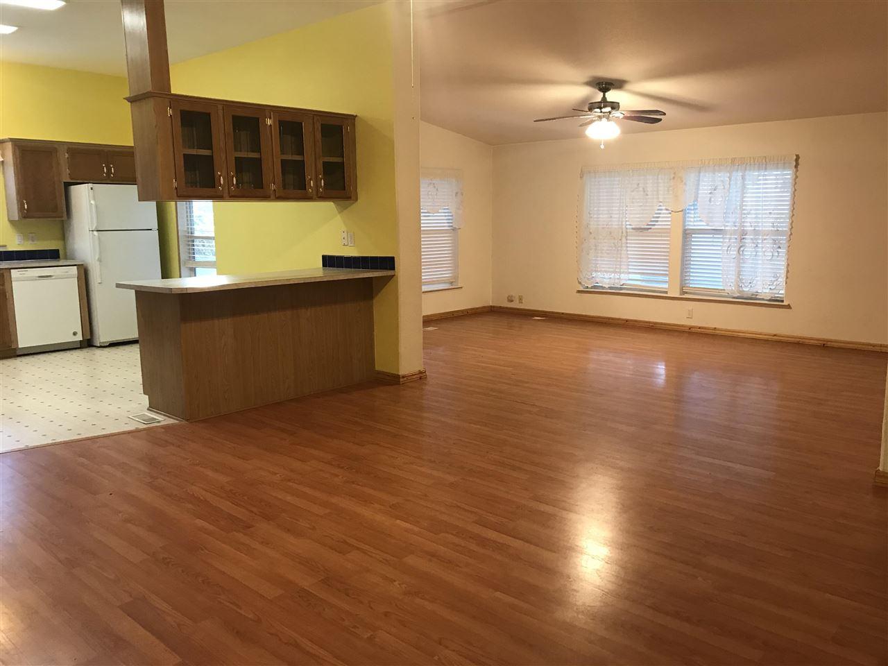 311 S 1st W Property Photo