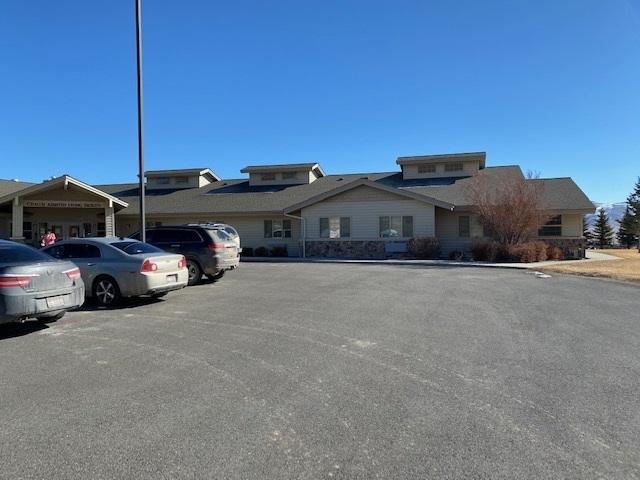 610 Clinic Property Photo
