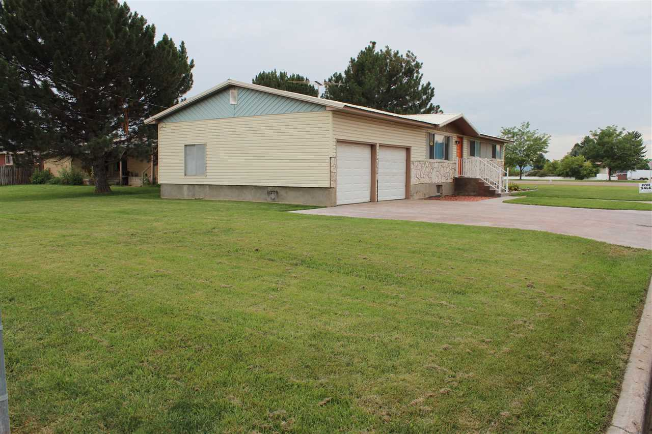 300 Ashland Drive Property Photo