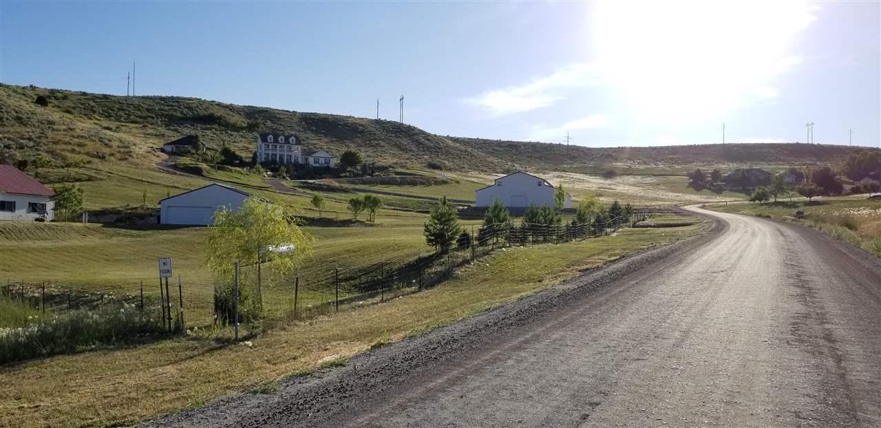 225 Ranch Loop Rd Property Photo
