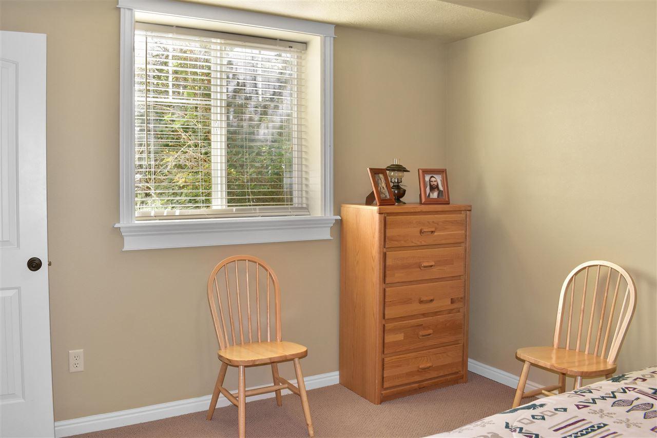 831 E Madlee Property Photo 23