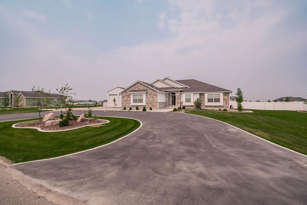 10898 N Cumberland Property Photo