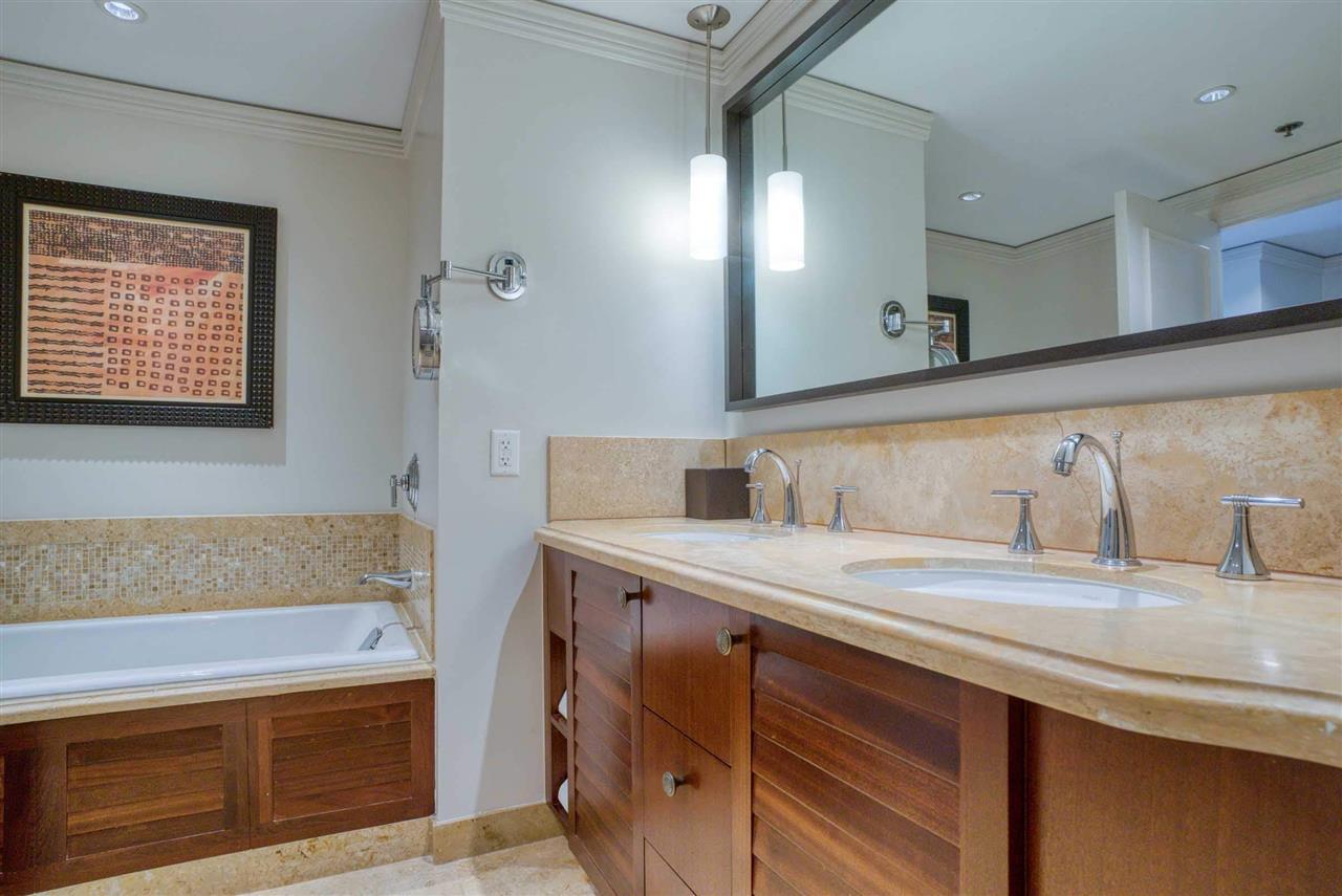 1 Ritz Carlton Dr Property Photo 7