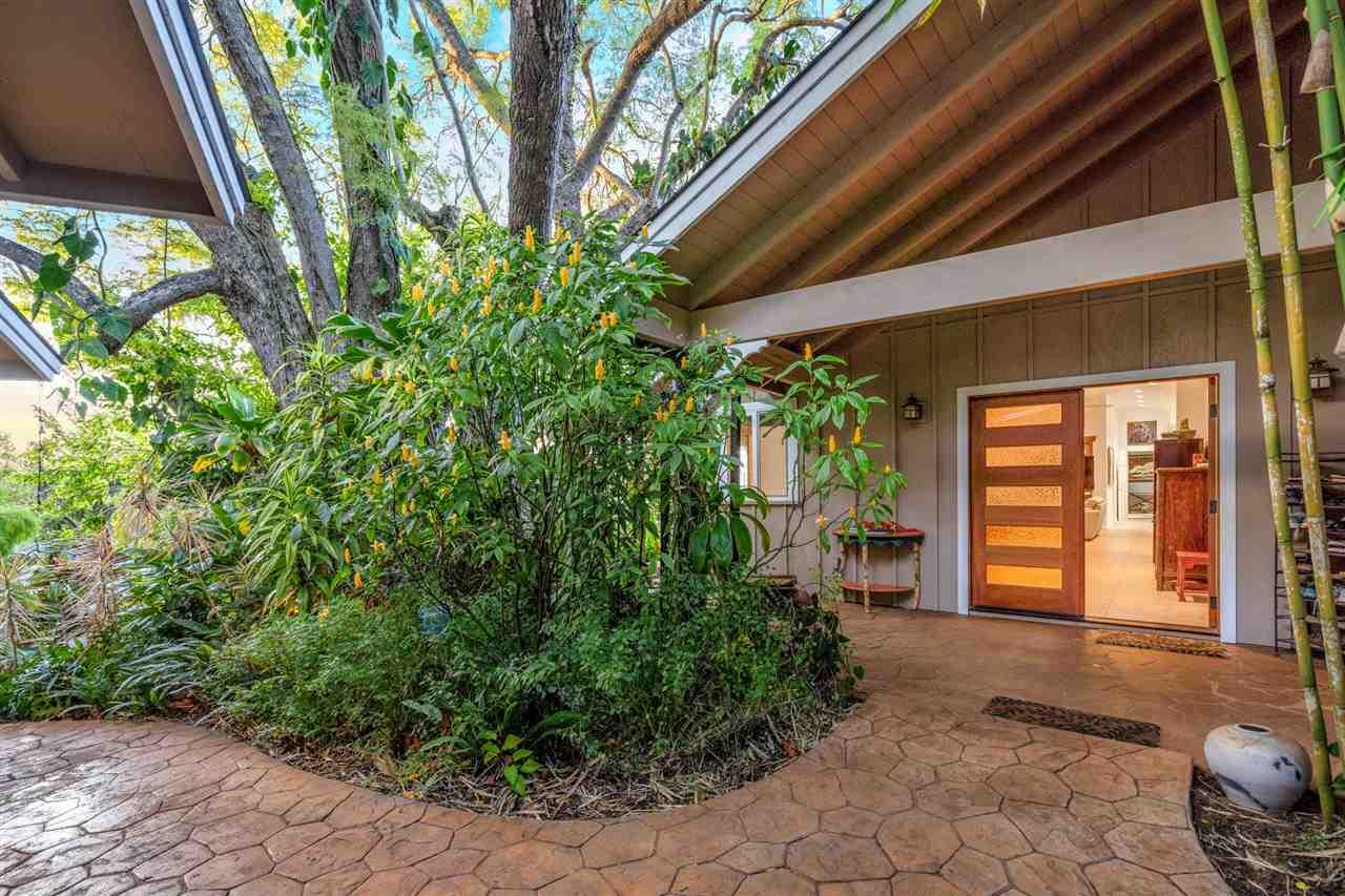 606 Olinda Rd Property Photo