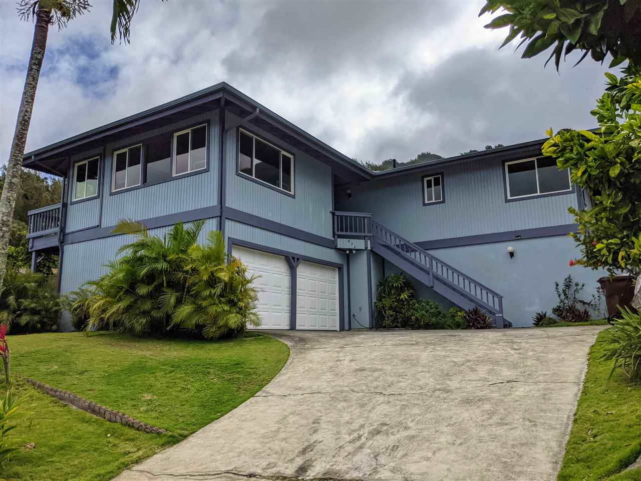 632 Maalahi St Property Photo - Wailuku, HI real estate listing