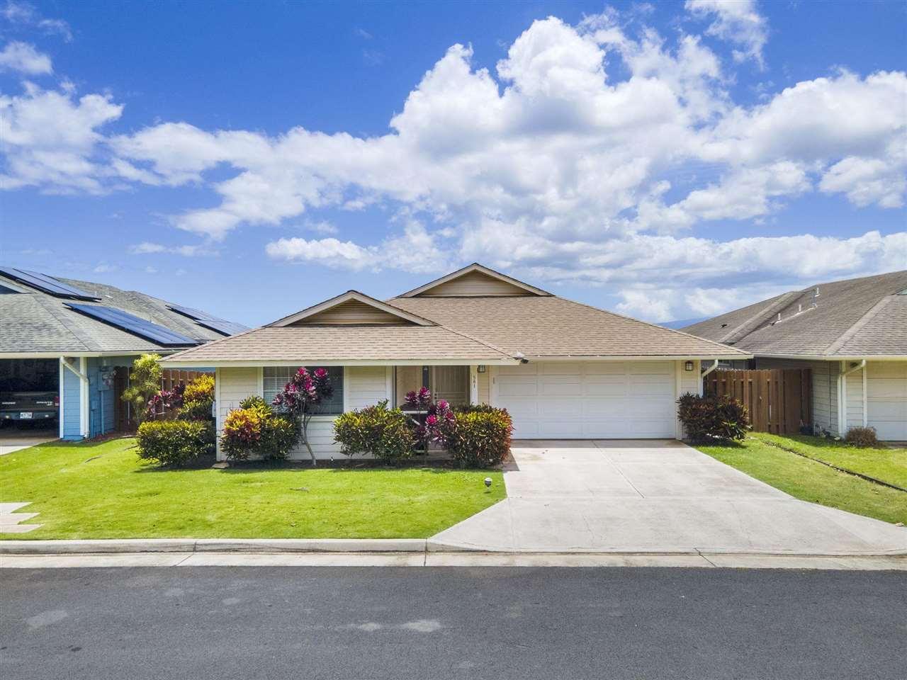 581 Akolea St Property Photo