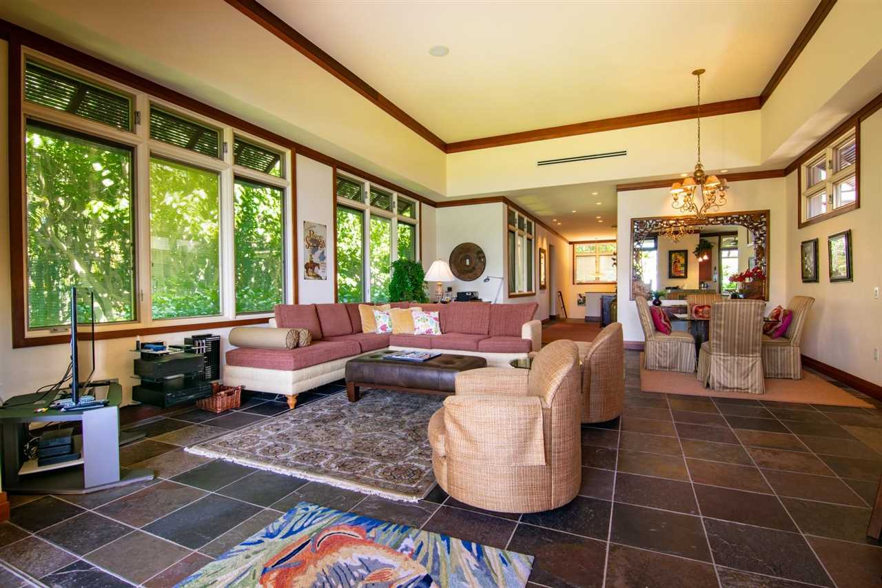 36 Coconut Grove Ln Property Photo 13