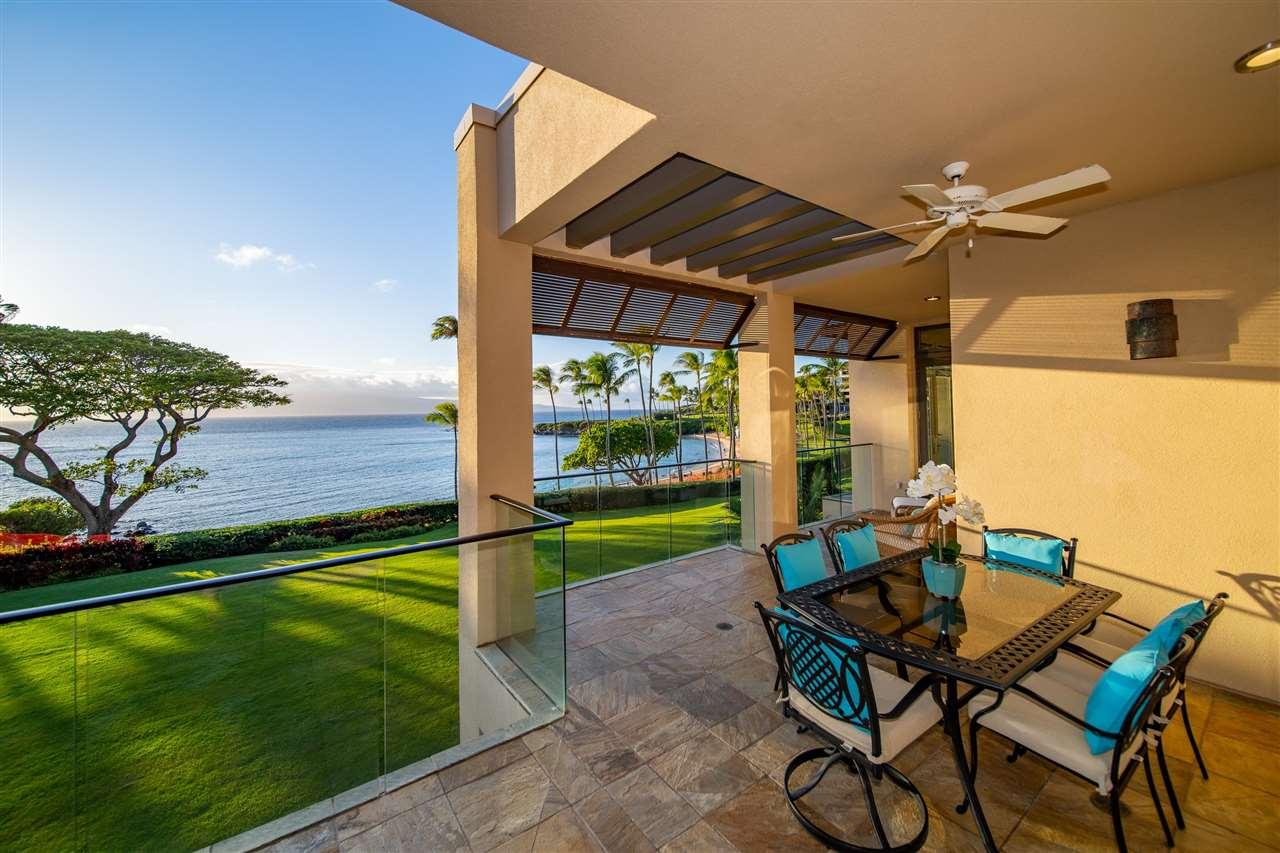 14 Coconut Grove Ln Property Photo 9