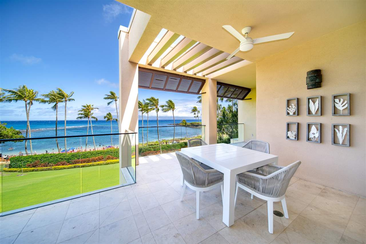 22 Coconut Grove Ln Property Photo 3