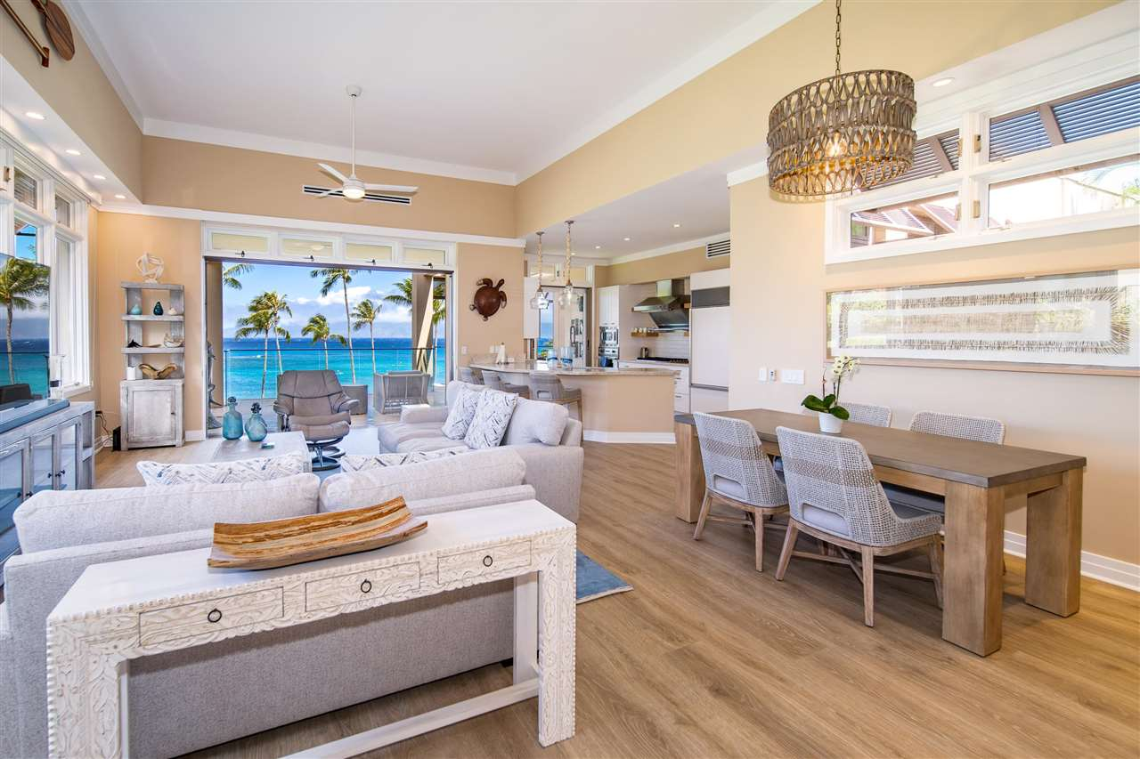 22 Coconut Grove Ln Property Photo 9