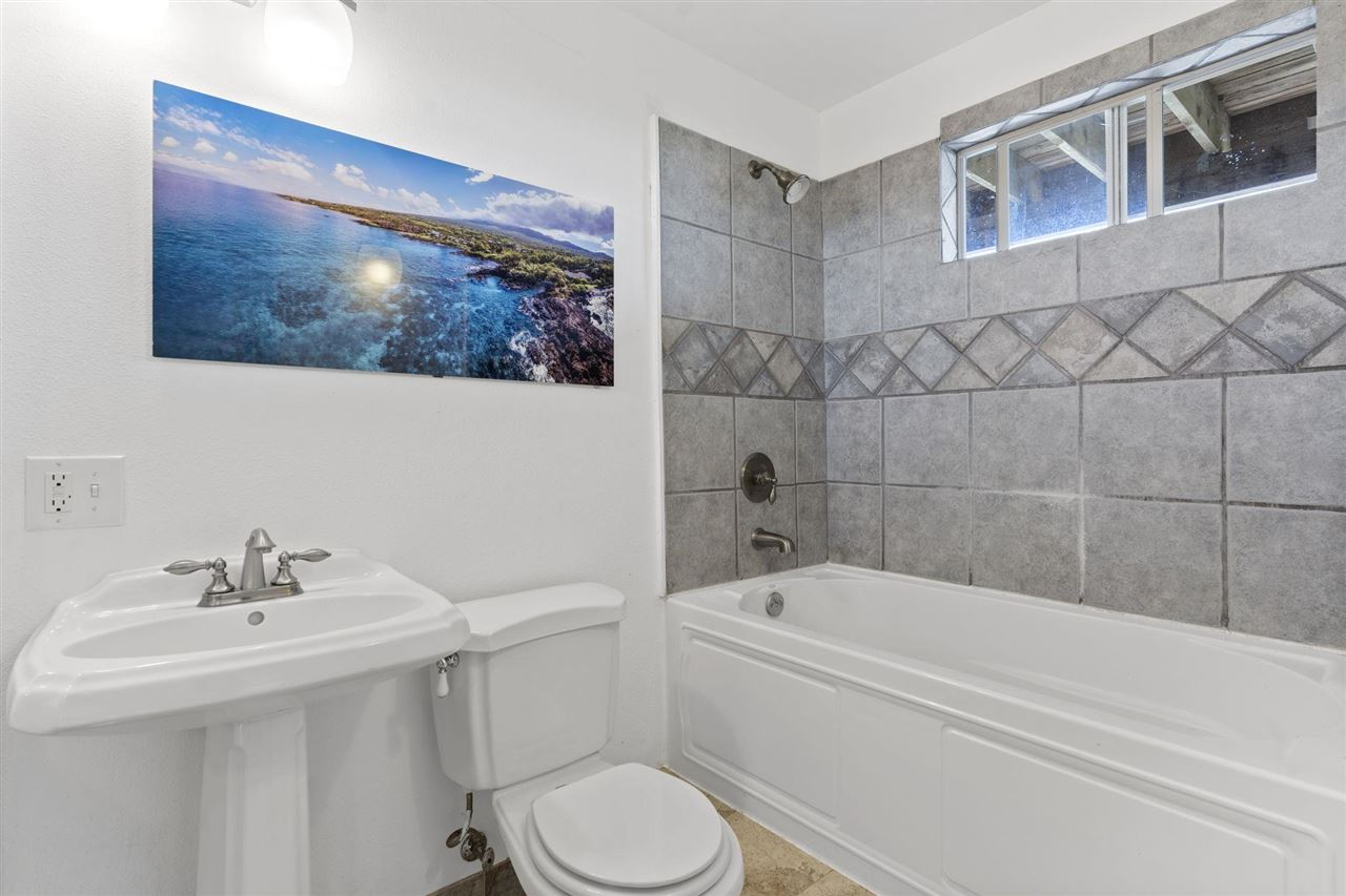 2560 Kokomo Rd Property Photo 23
