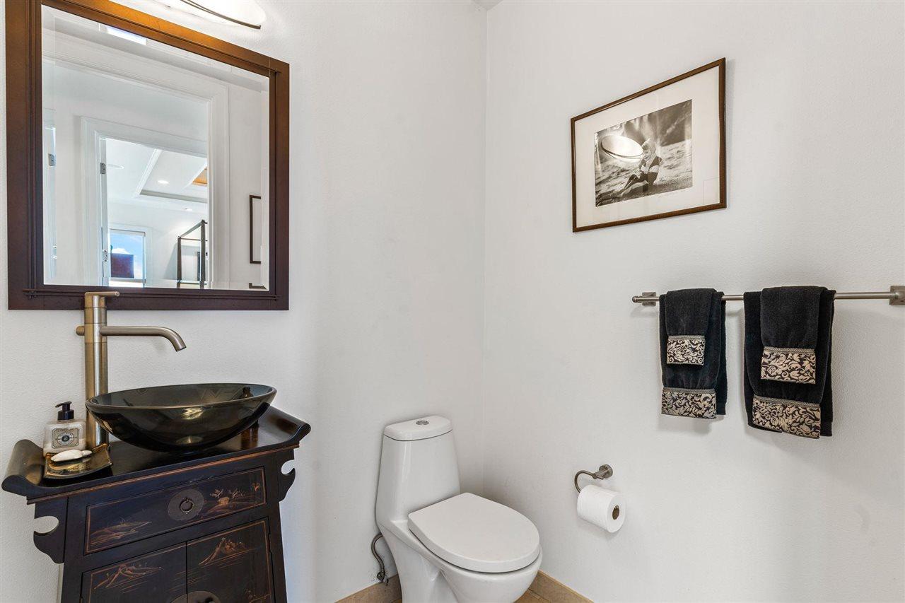 4370 E Waiola Loop Property Photo 24