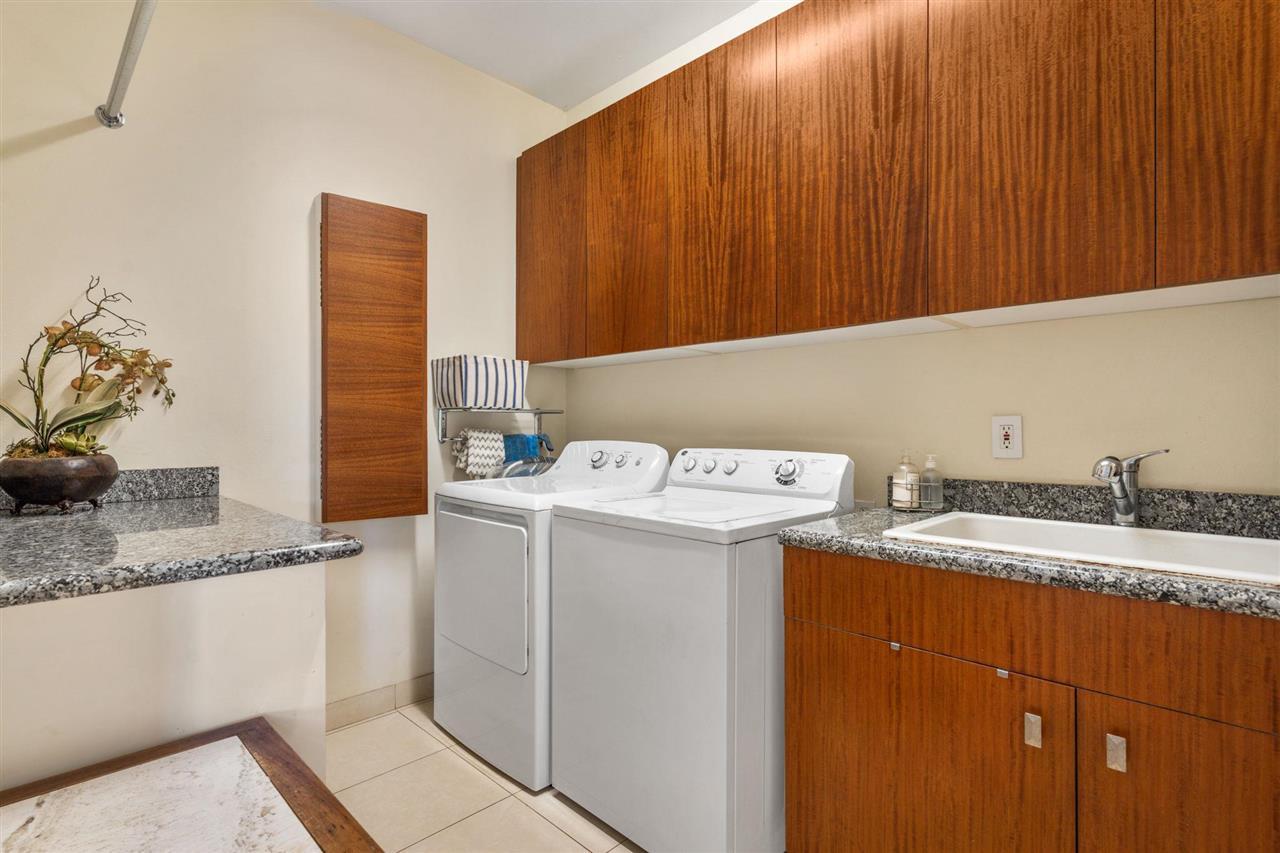 4370 E Waiola Loop Property Photo 25