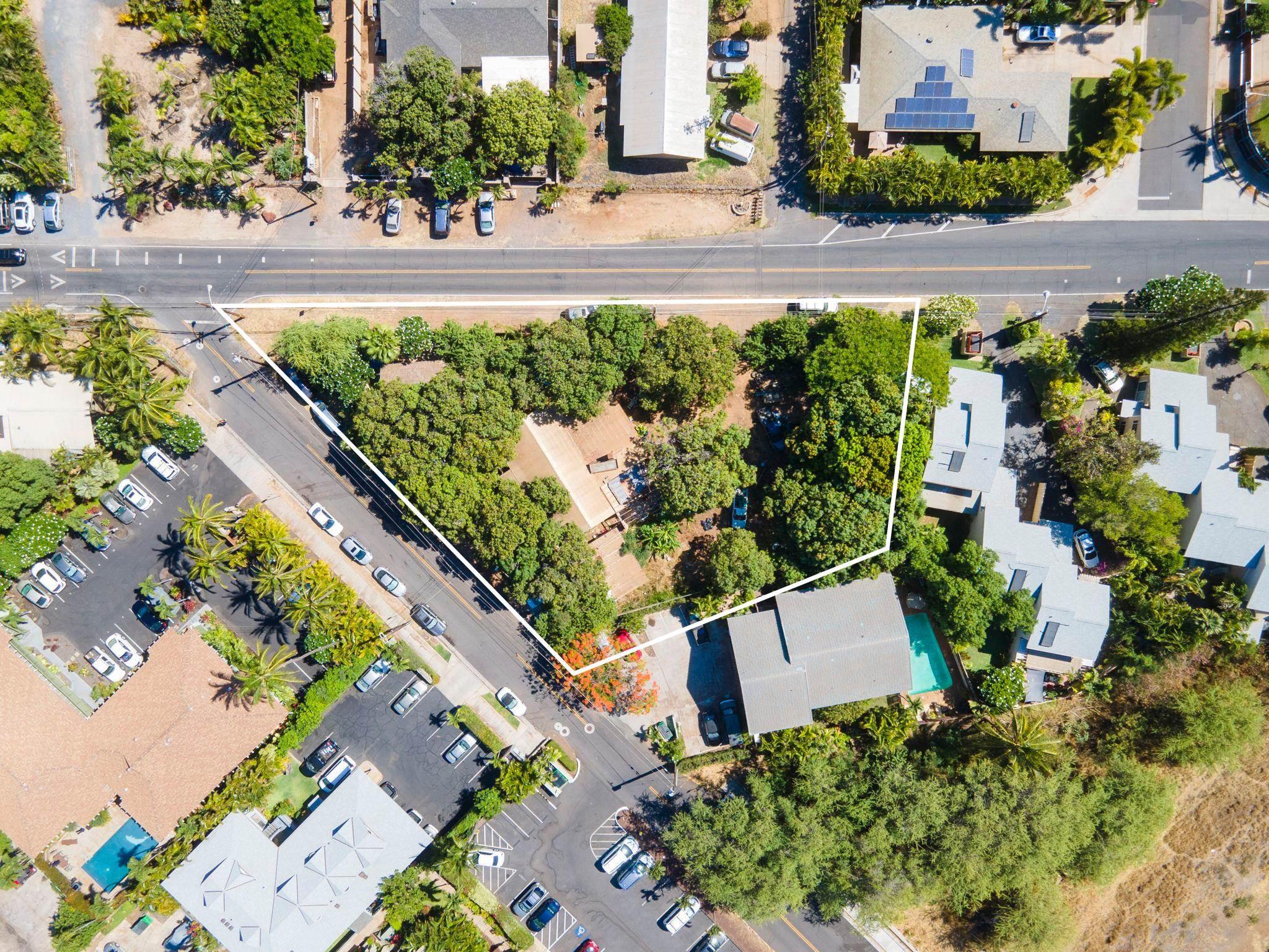 2055 Kanoe St Property Photo 6