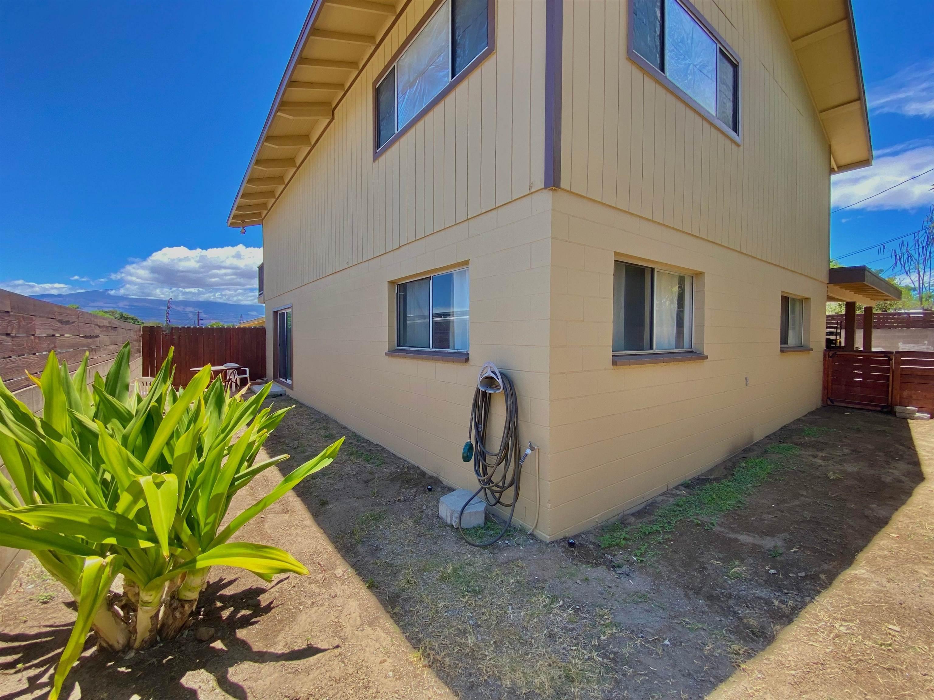 314 Niihau St Property Photo 8