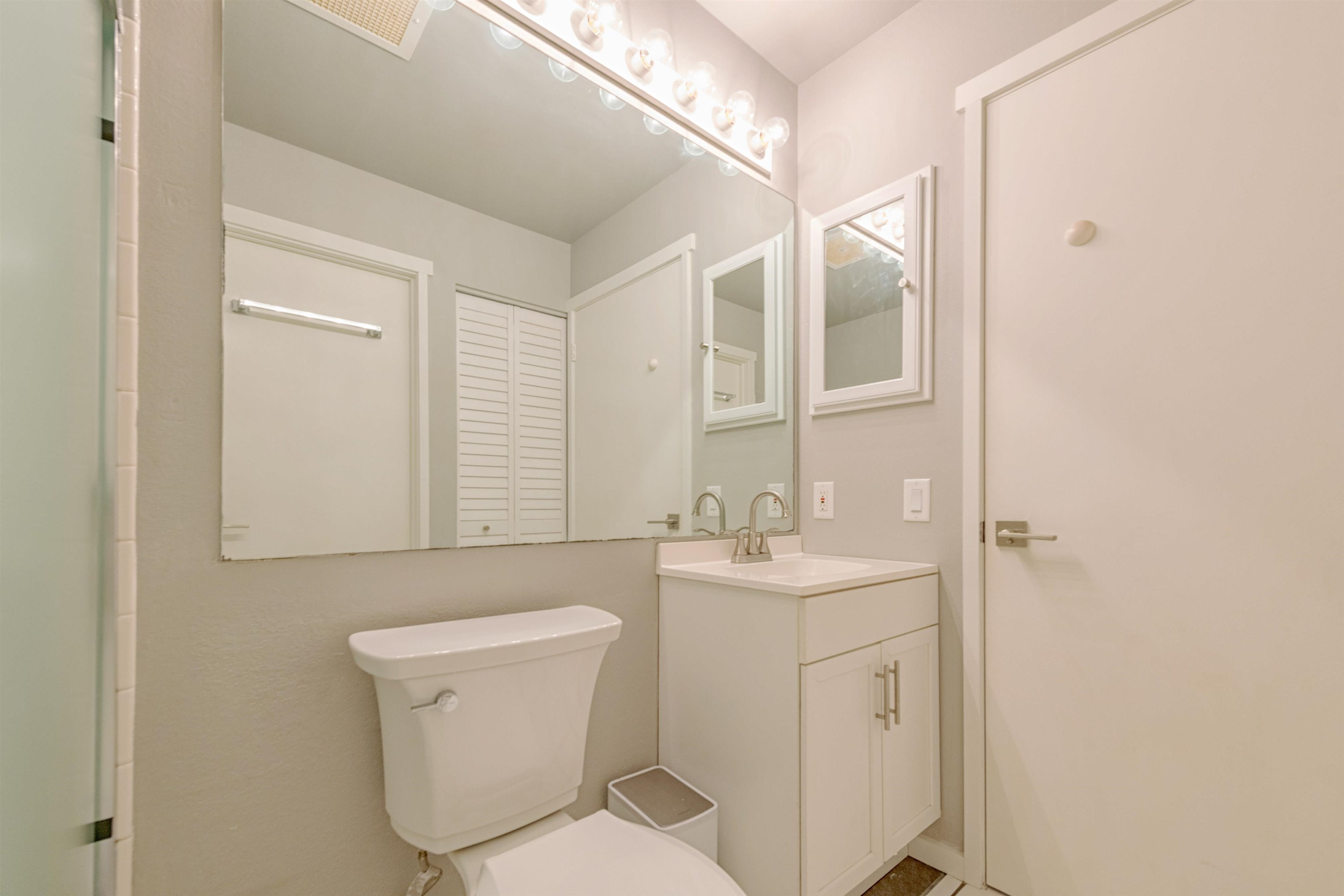480 Kenolio Rd Property Photo 15