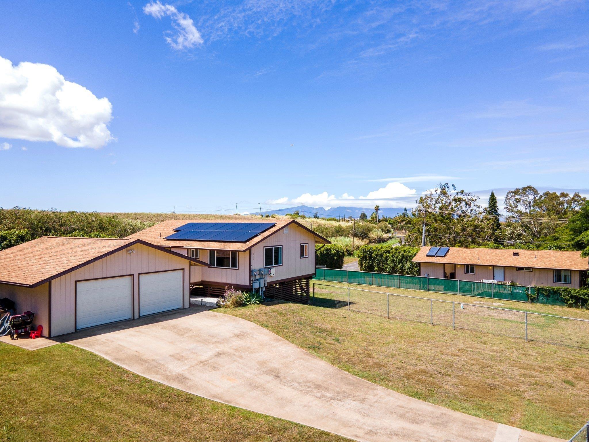 260 Kapuahi St Property Photo 1