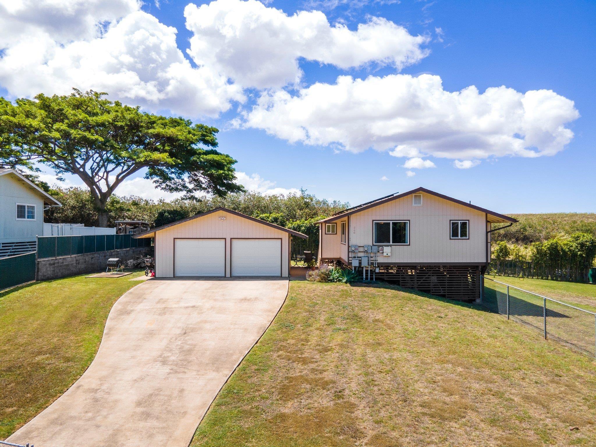 260 Kapuahi St Property Photo 9