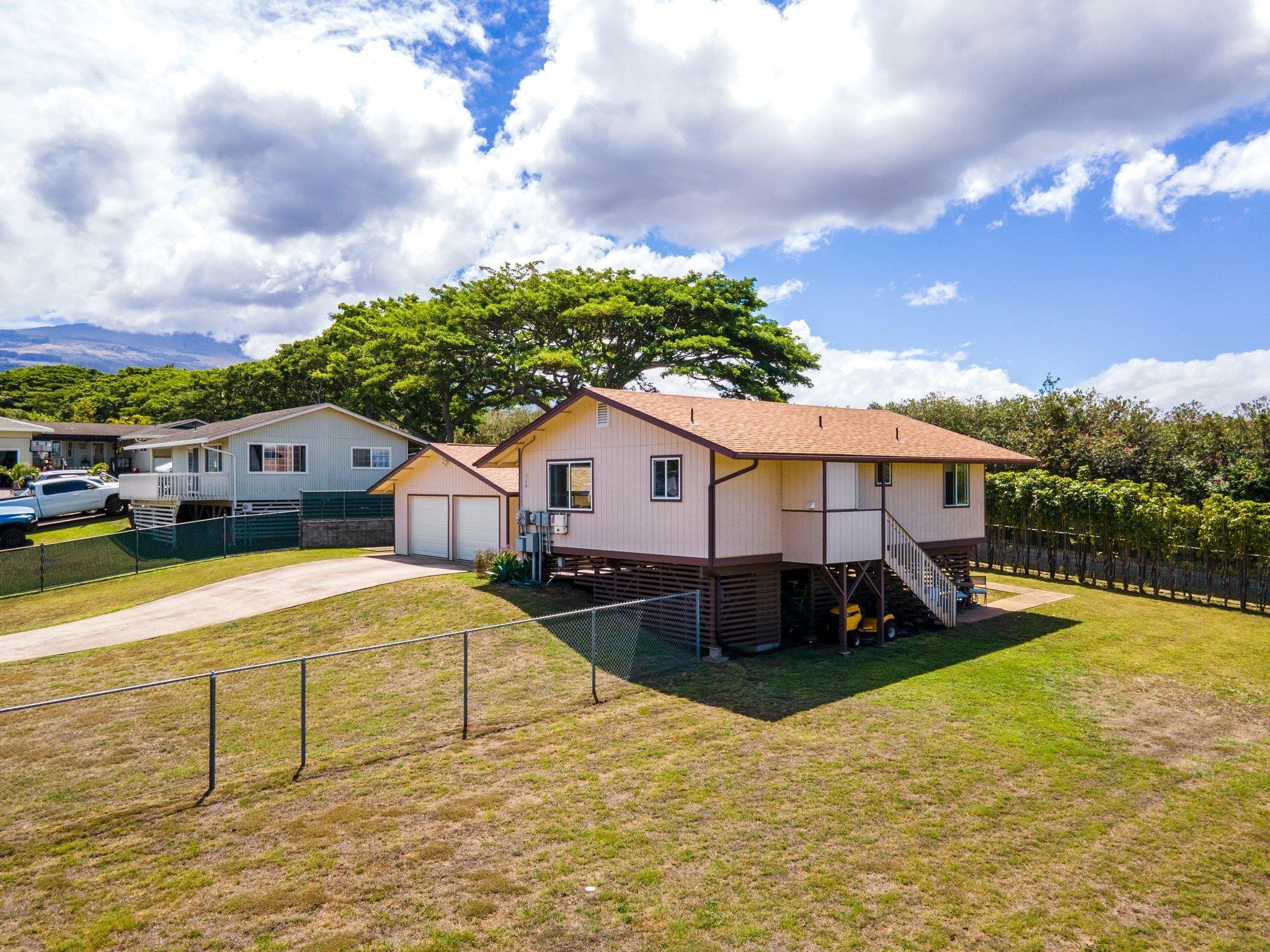 260 Kapuahi St Property Photo 27